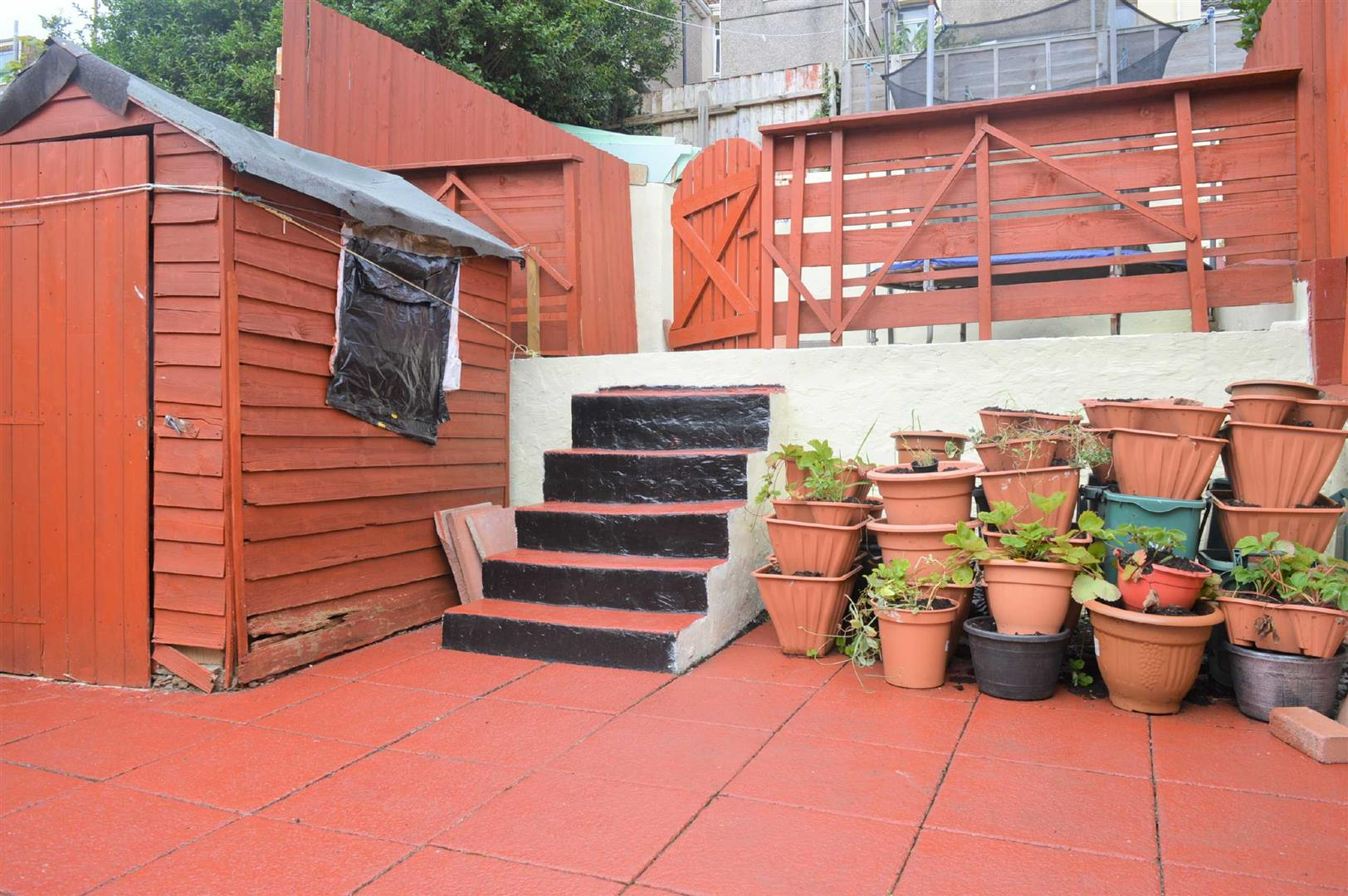 Waun Wen Terrace, Waun Wen, Swansea, SA1 1DX